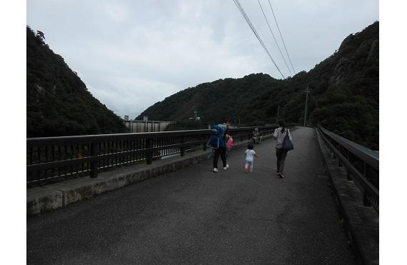 石井ダム管理用道路2016
